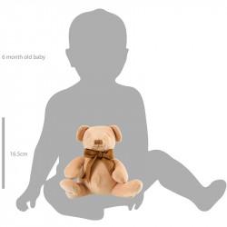 So groß ist der Bär im Vergleich zum Baby