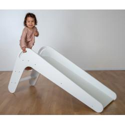 Trittfeste Stufen und Handlauf für einen sicheren Aufstieg