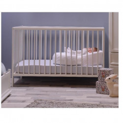 Kann in's Babybettchen gelegt werden ...