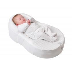 Im Cocoonababy liegt das Baby ganz geborgen